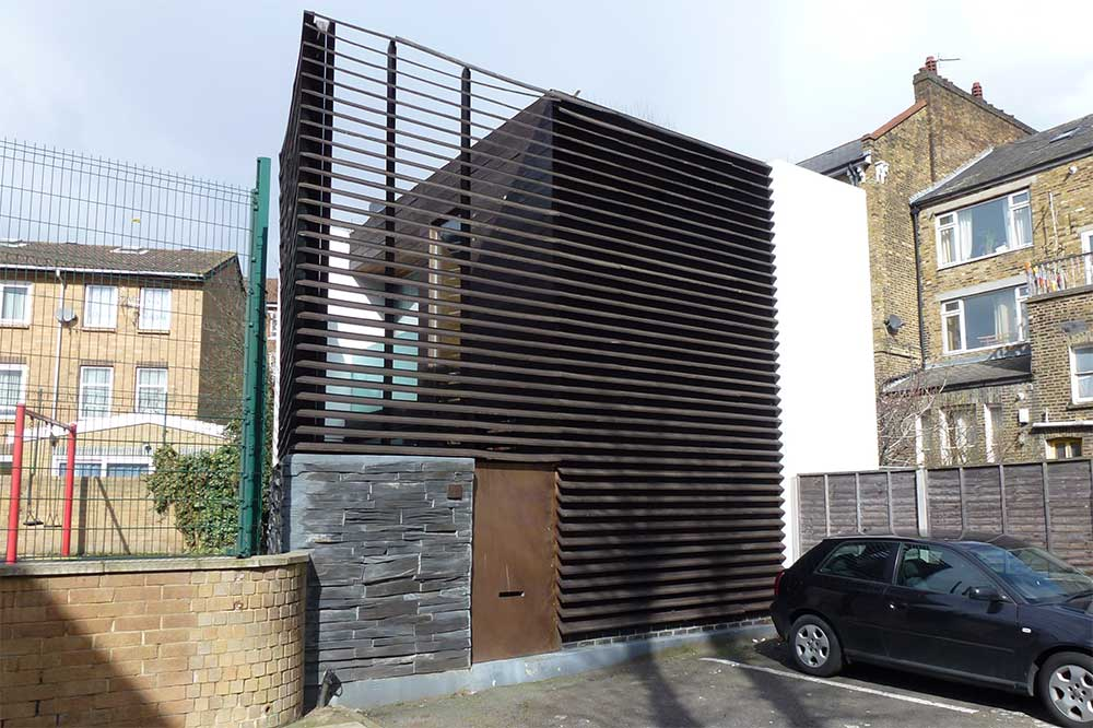Some modern houses in the london borough of hackney for Minimalist house london