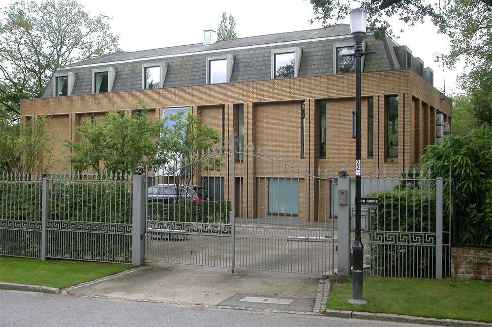 Some Interesting Modern Houses In Kingston Upon Thames Coombe