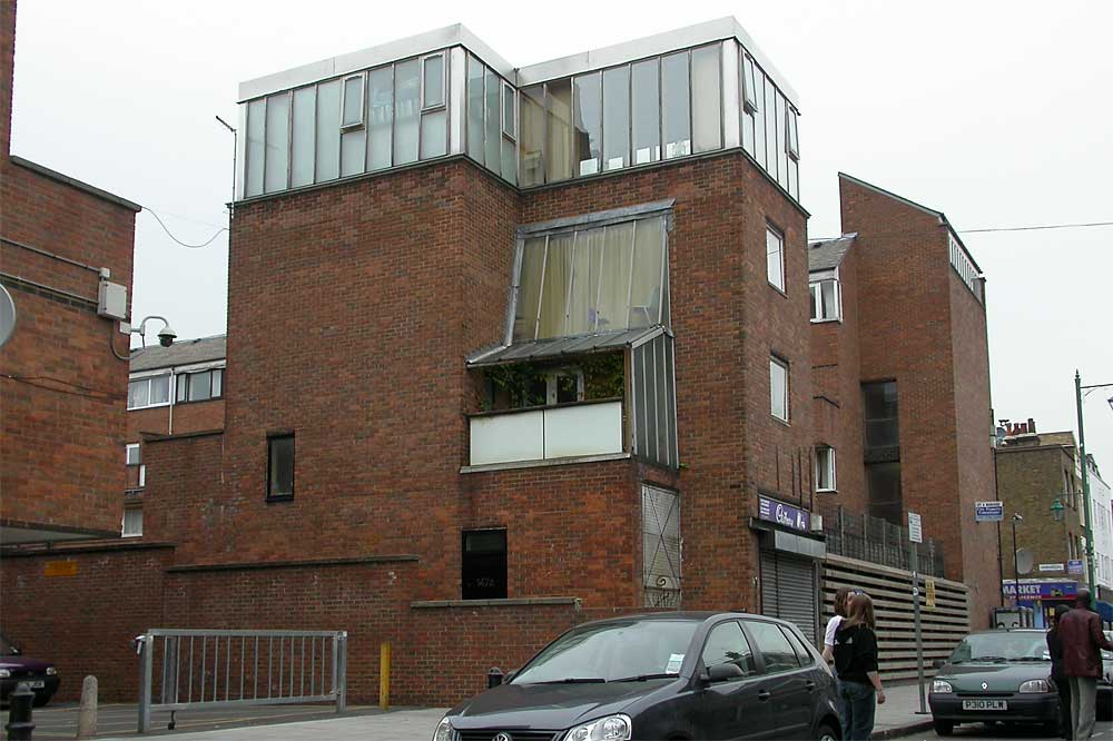 Some Modern Houses In The London Borough Of Hackney
