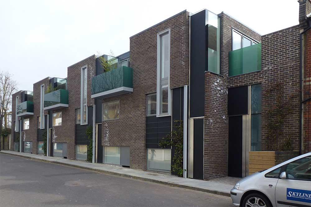 Uk modern house building 3839 for 22 river terrace building link