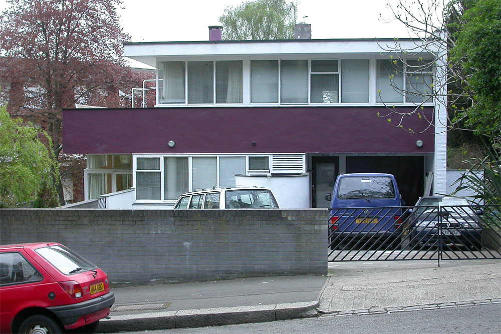Some Modern Houses In The London Borough Of Wandsworth